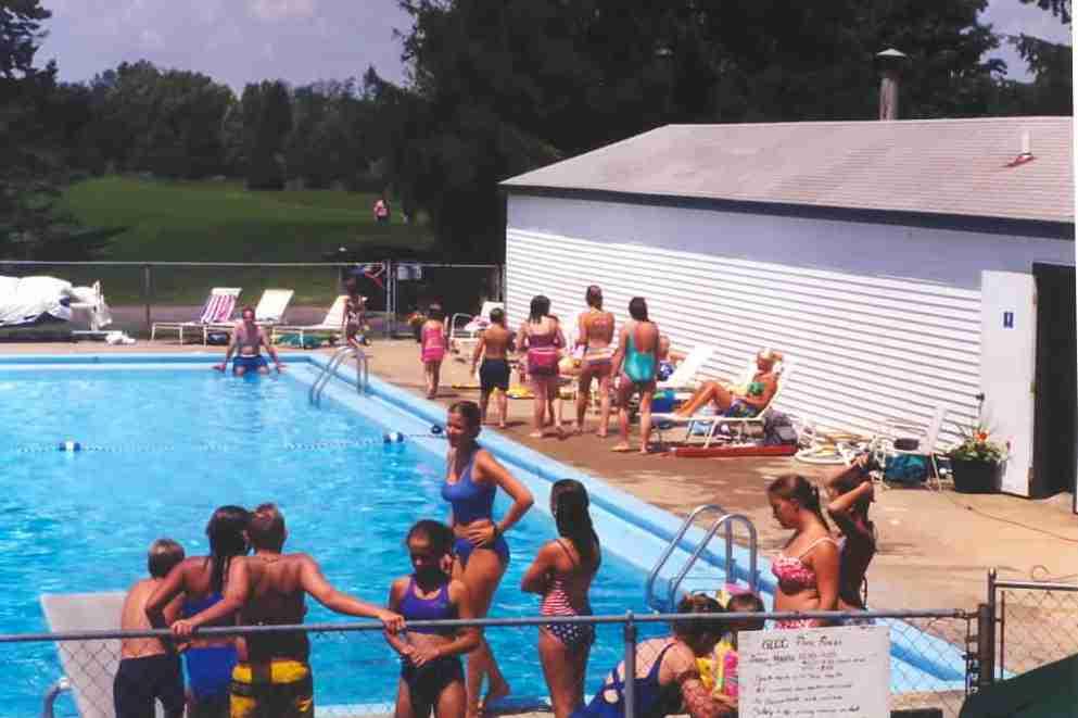 Grand Ledge Country Club, Swimming Pool